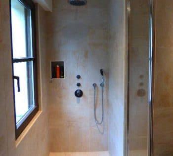 Aménagement salle de bain handicapé